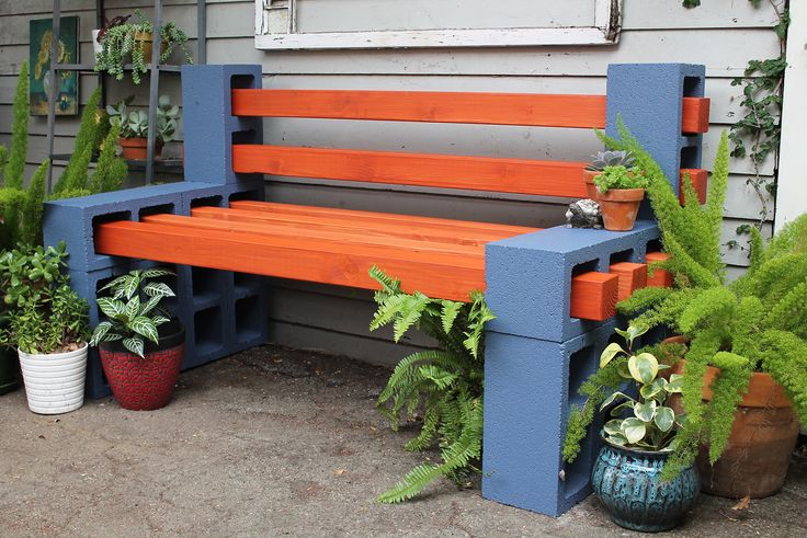 Как сделать скамейку на даче из подручных материалов