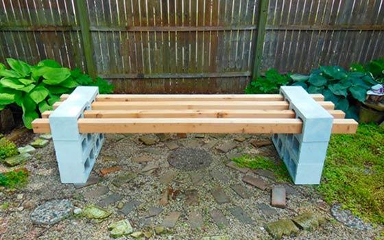 Скамейка в сад своими руками из подручных материалов