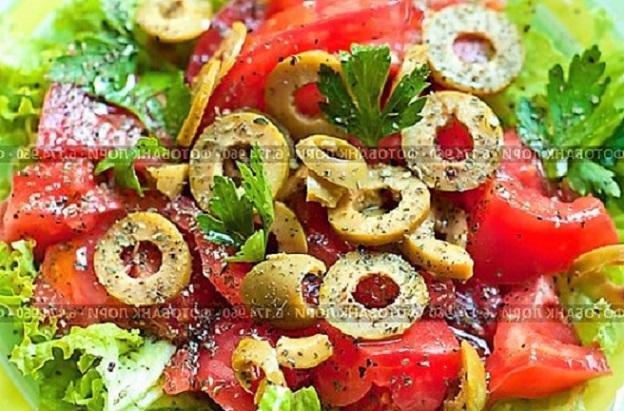 Легкие салаты: 7 рецептов с фото простых и вкусных легких салатов