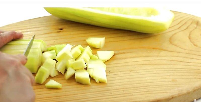 Рагу из кабачков: 4 рецепта быстрого и вкусного приготовления