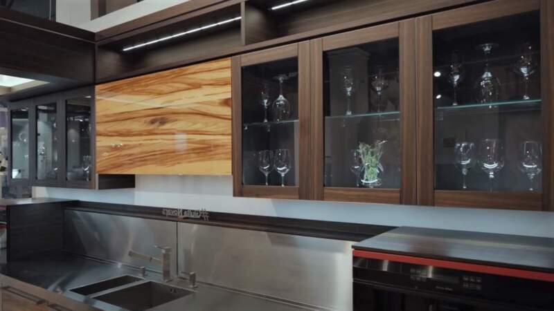 фасад на кухне мебели