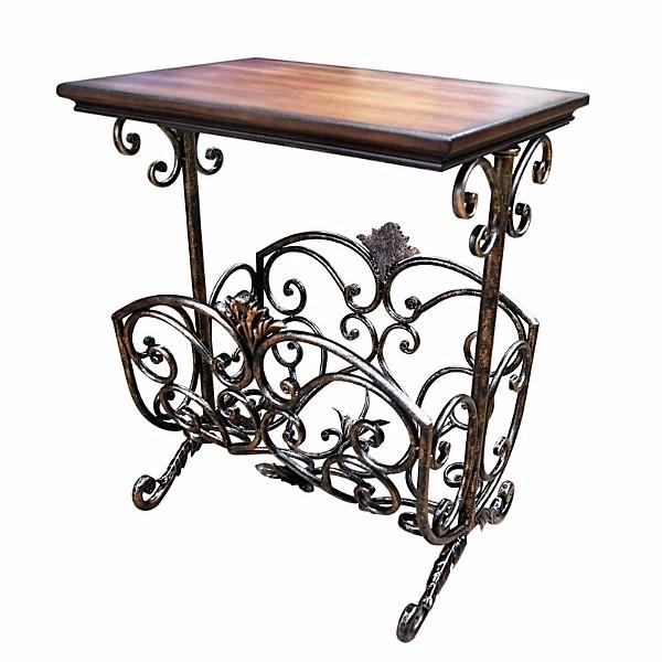 Кованый столик в интерьере дома