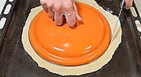 Коржи для торта обрезать