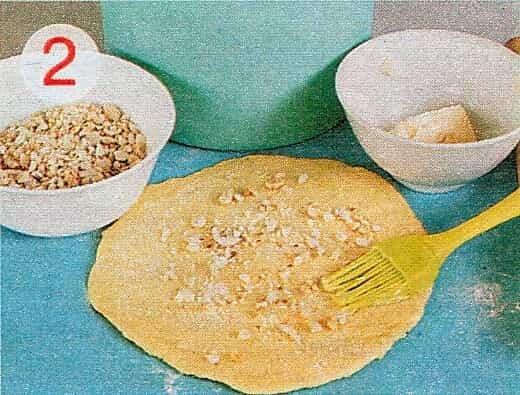 лепешка с орехами