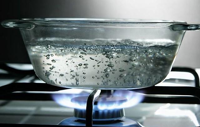 пузырьки кипяченой воды
