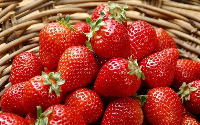 Варенье из клубники. Как сварить густое варенье из клубники с целыми ягодами