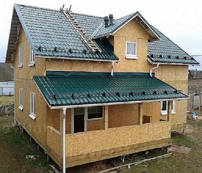 дом с панелями