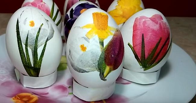 цветы на яйцах