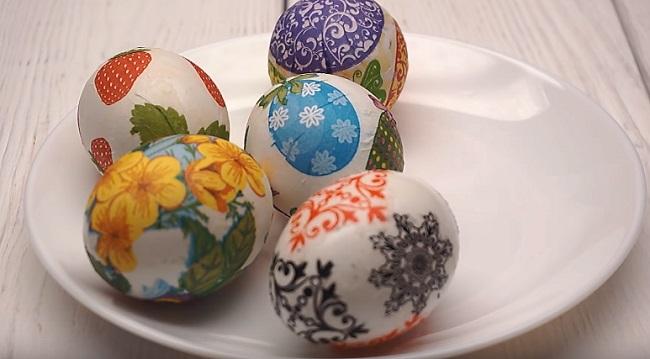 декупаж на пяти яйцах