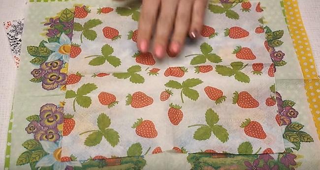 салфетка с ягодками