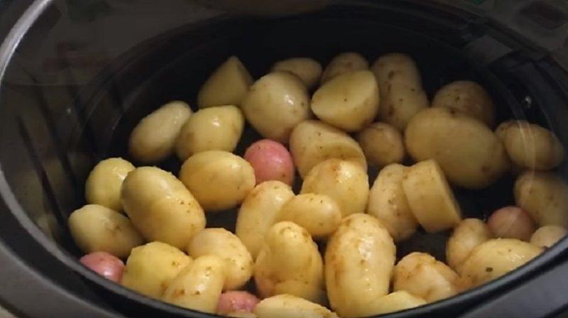 картошка в муультиварке