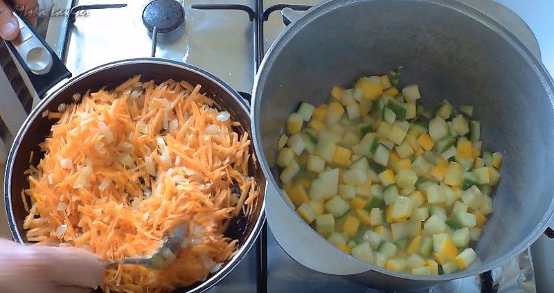 соединяем овощи