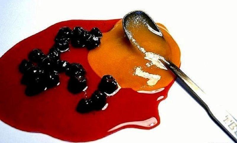 ягоды с медом