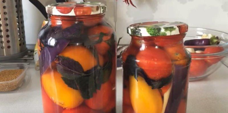помидоры залитые кипятком