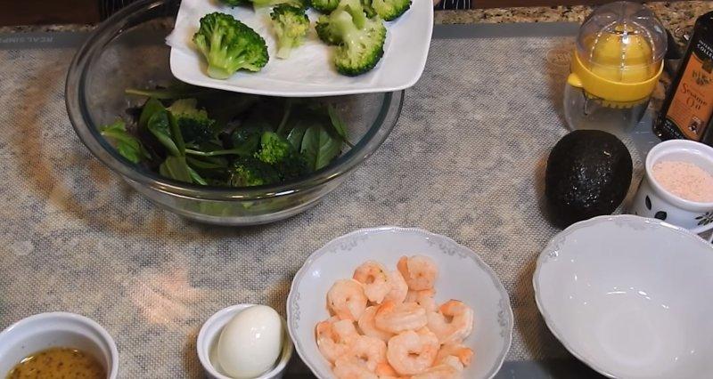 собираем салат из брокколи