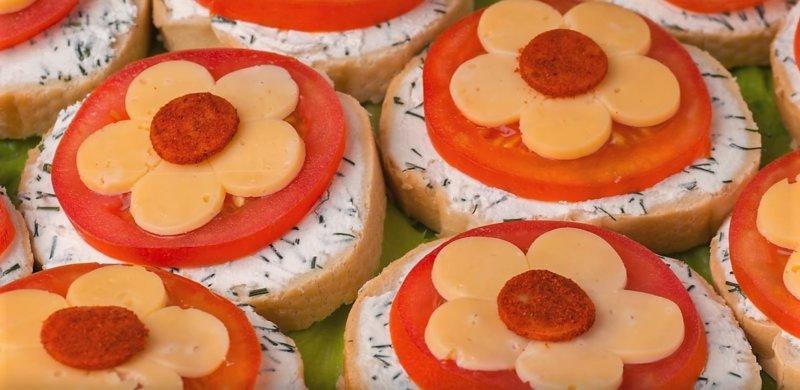 бутерброды с цветами
