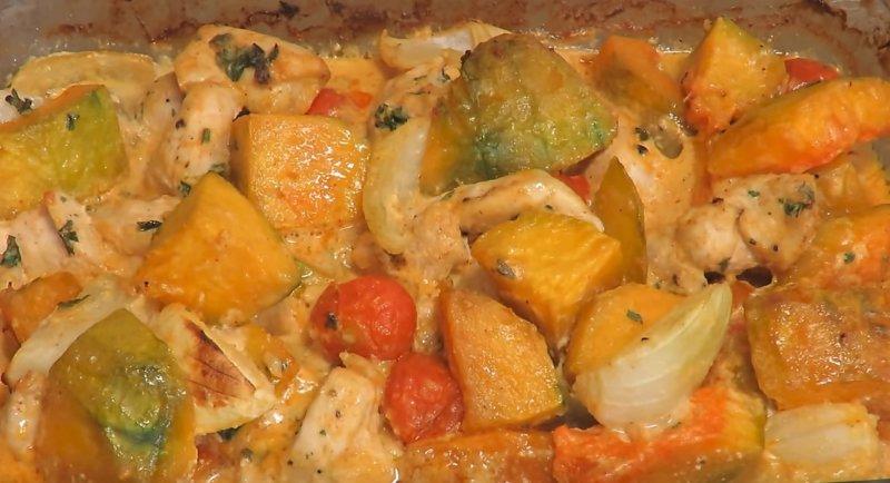 овощи с курицей запеклись