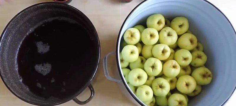 готовим сусло в кастрюле