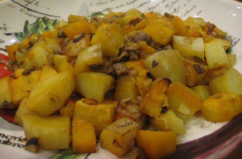 тушеная тыква с картофелем