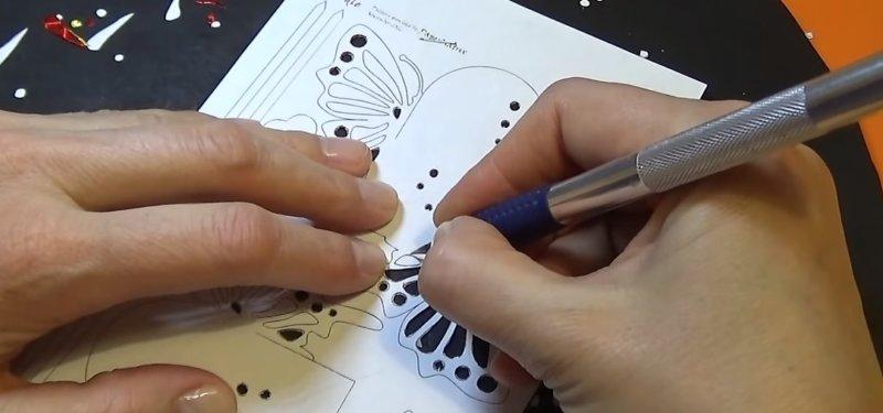 вытыкание рисунка ножом