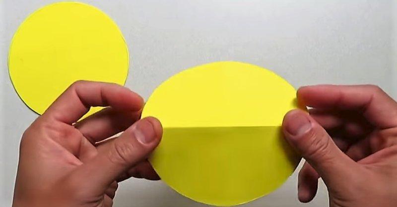 согнуть круг поделки из бумаги