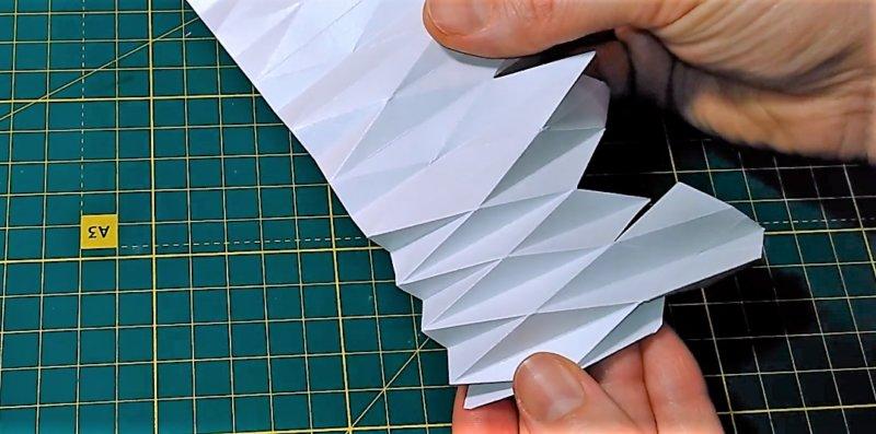 объемы сгиба делаются, чтобы понять - как сделать объемную снежинку из бумаги
