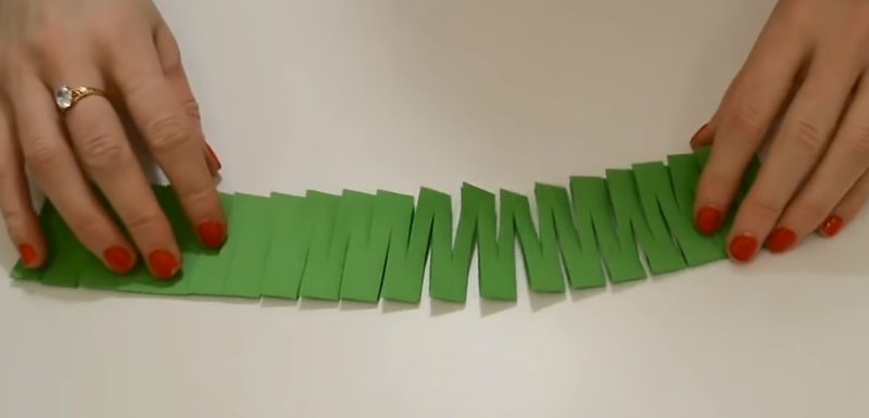 разрезанная бумага