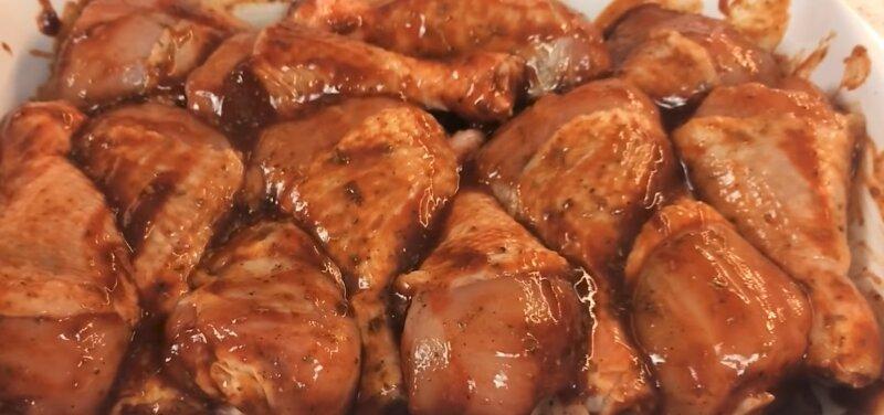 Куриные ножки в духовке с хрустящей корочкой: 5 лучших рецептов запекания куриной голени