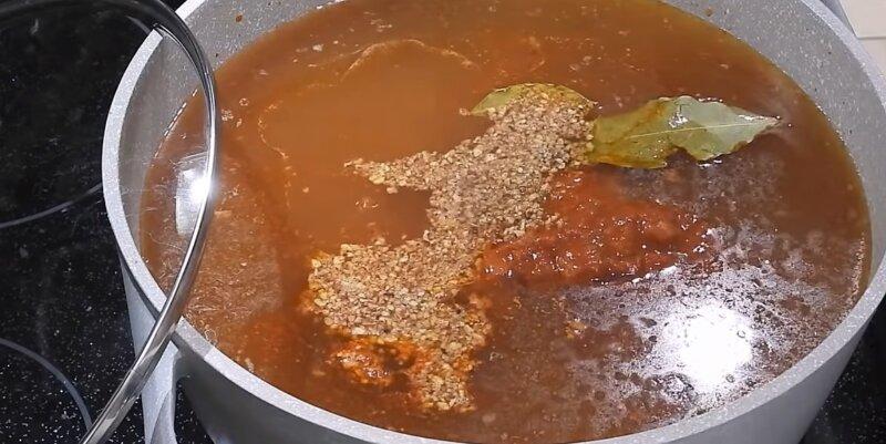 орехи в супе