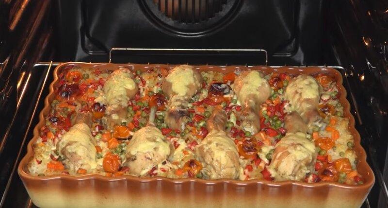 Курица с рисом. 5 рецептов приготовления в духовке и на сковороде