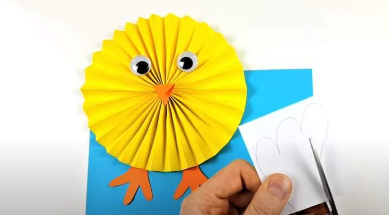 рисунок лапок - детская аппликация