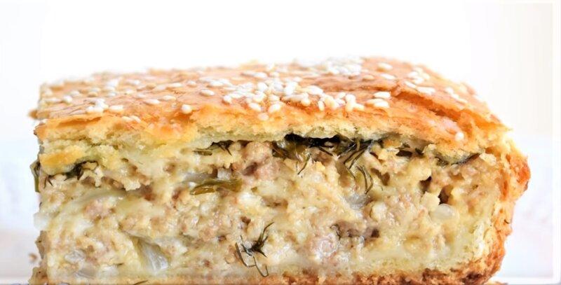 кусочек пирога с фаршем