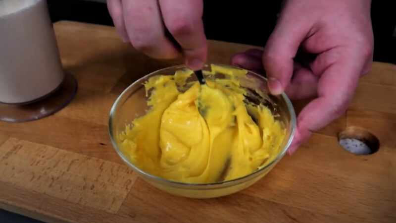 размятый сыр