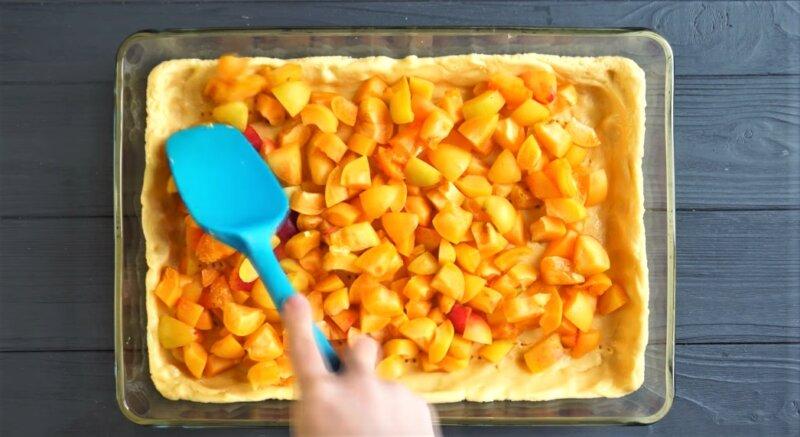 форма пирога с абрикосами