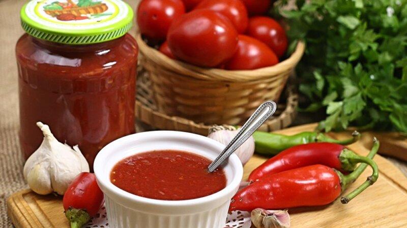 томатный соус с острым перцем