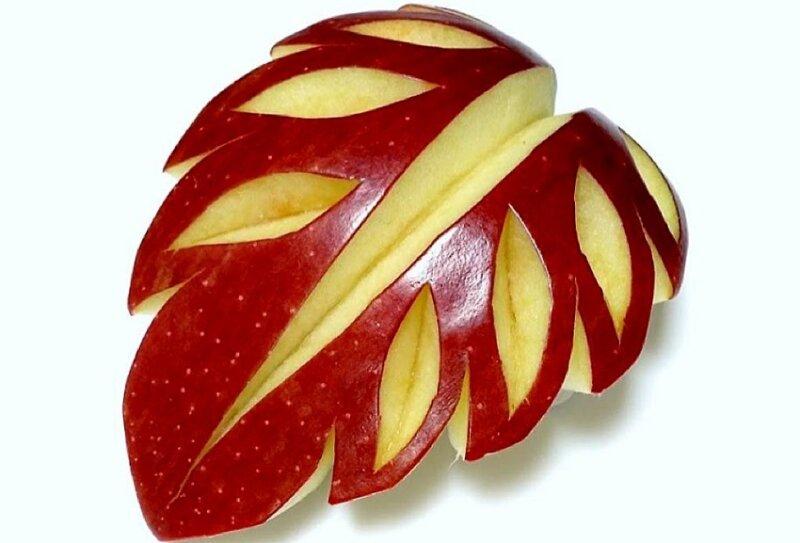 яблоко с узором