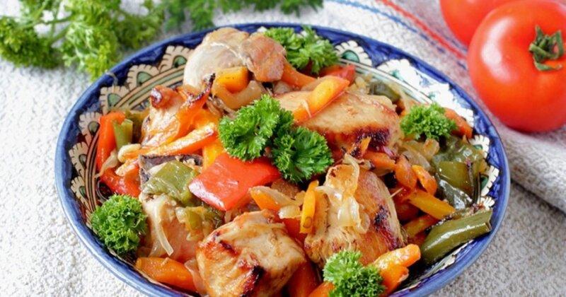 тушеные окорочка с овощами