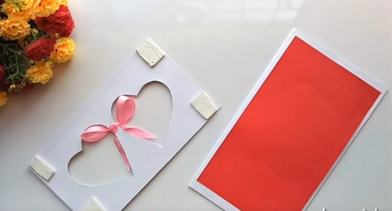 липучка по углам бумаги