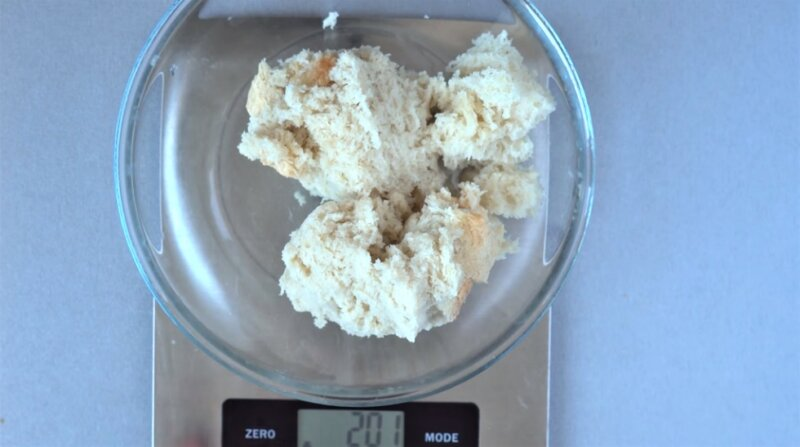 хлеб на весах
