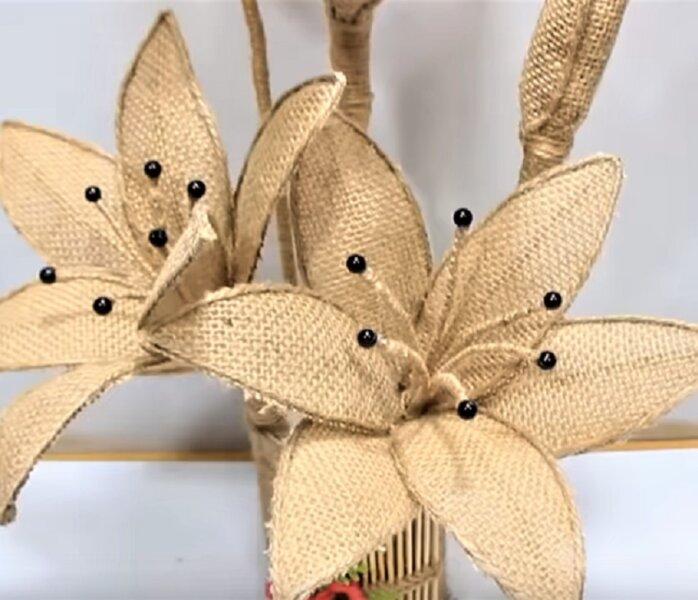 цветы из мешковины - оригинальный подарок