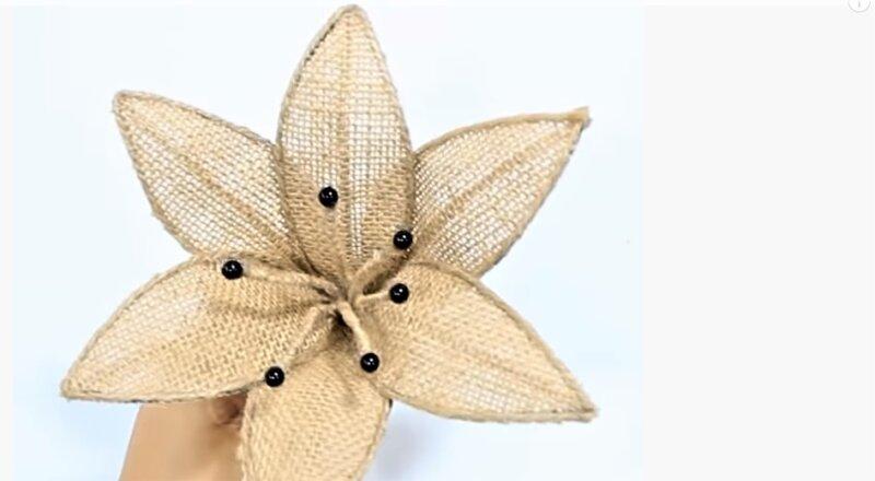 цветок с тычинками - оригинальный подарок