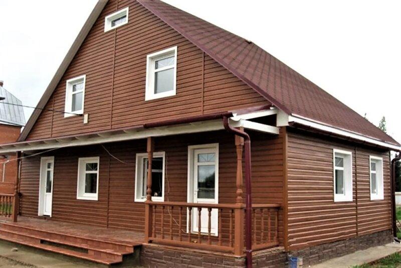 фасад дома с сайдингом