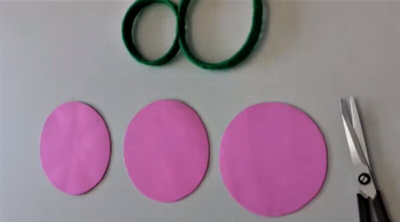 розовые кружки из фоамирина