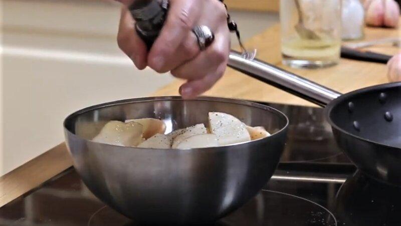 картошка в чашке
