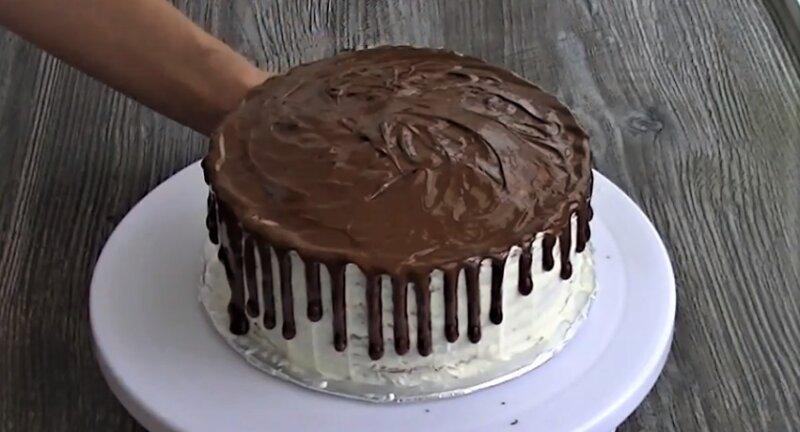 готовый шоколадный блинный торт