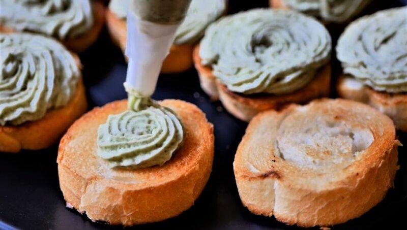 мусс на хлебе