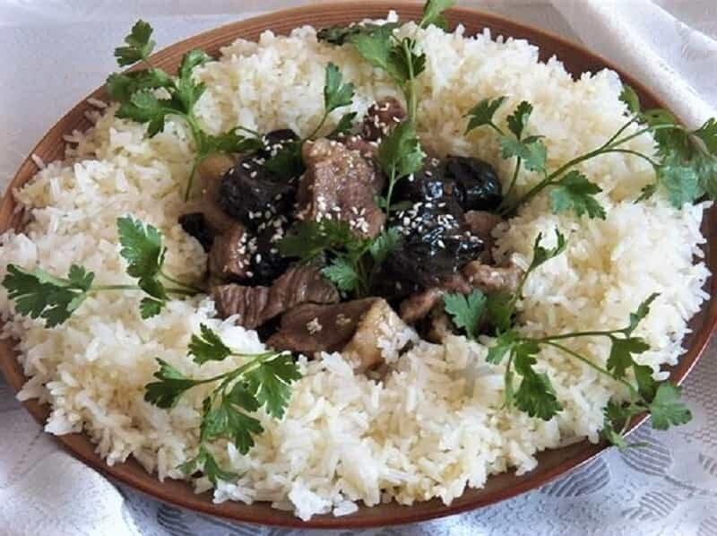 рис с бараниной