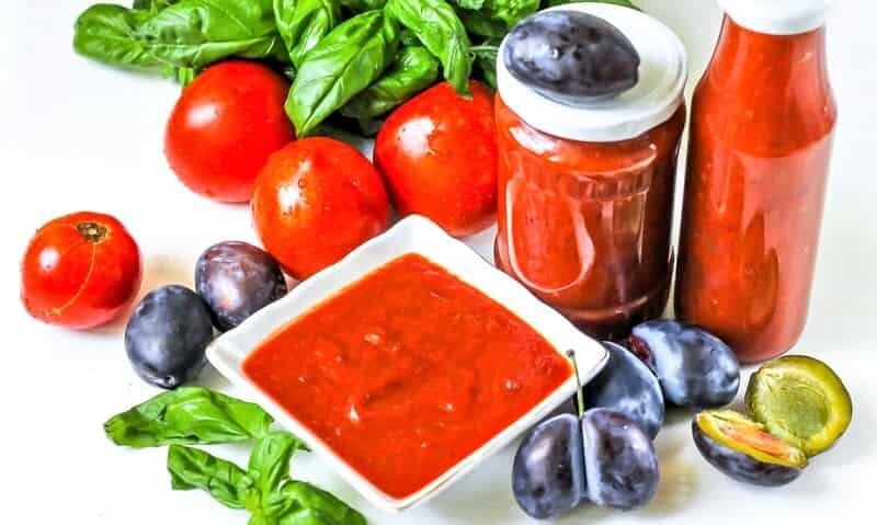 кетчуп в вазочке