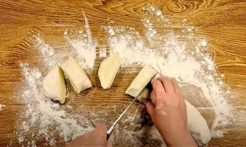 кусочки теста из картошки
