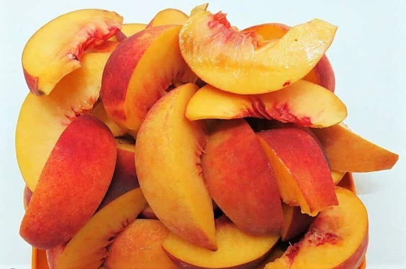 дольки персиков